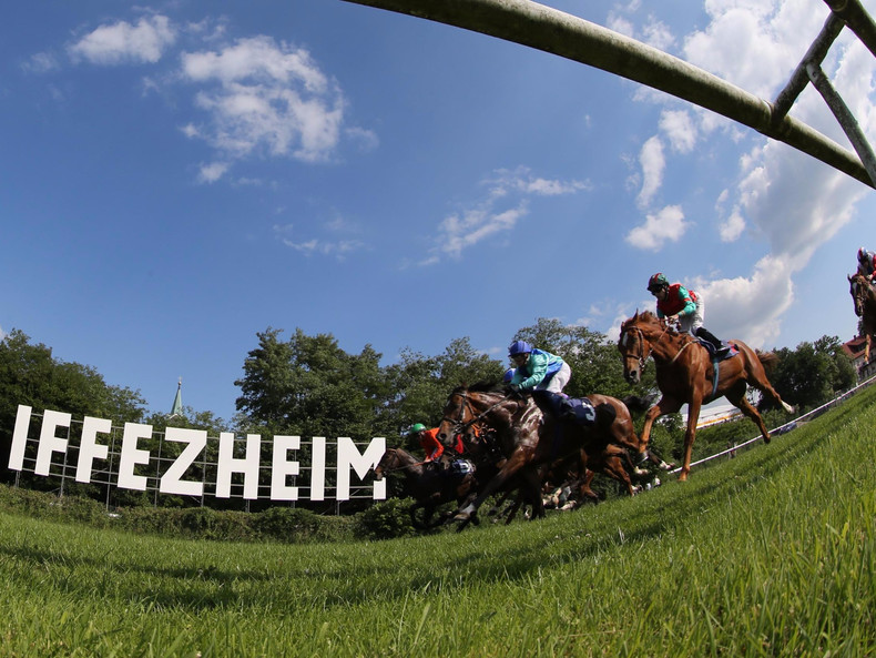 Galopp in Iffezheim
